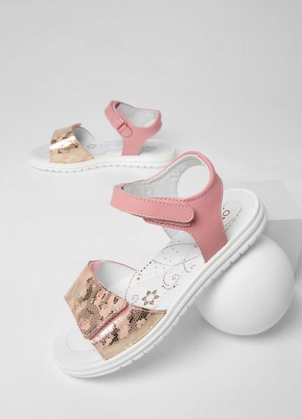 Кожаные сандалии для девочек