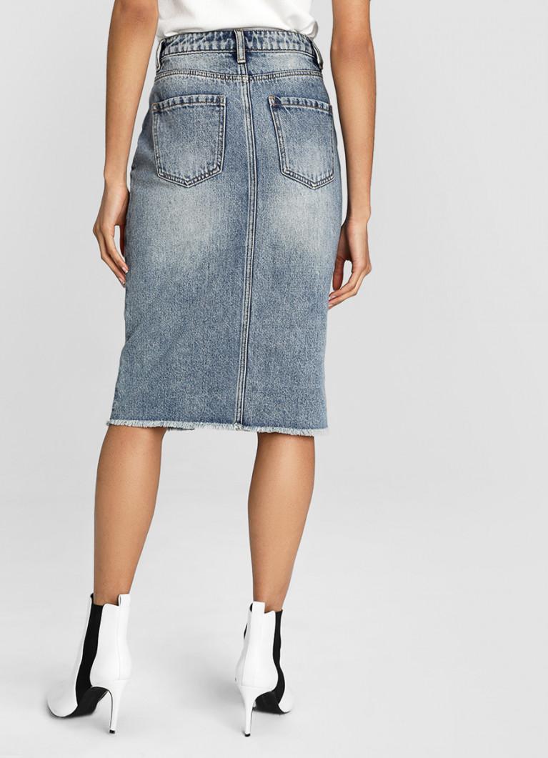 Прямая денимная юбка