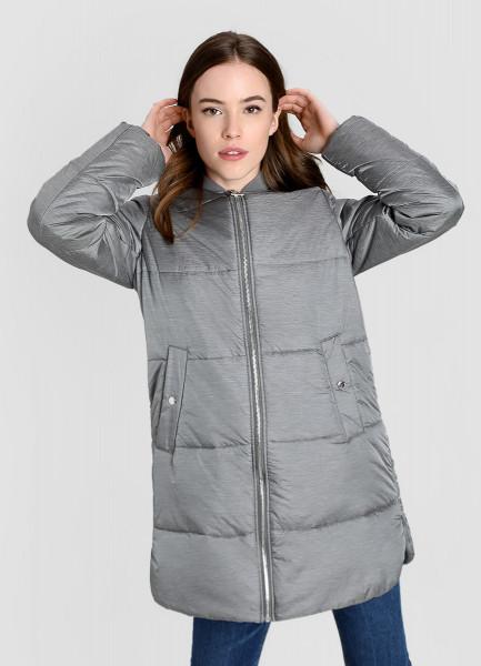 Лёгкое пальто с горизонтальной стёжкой