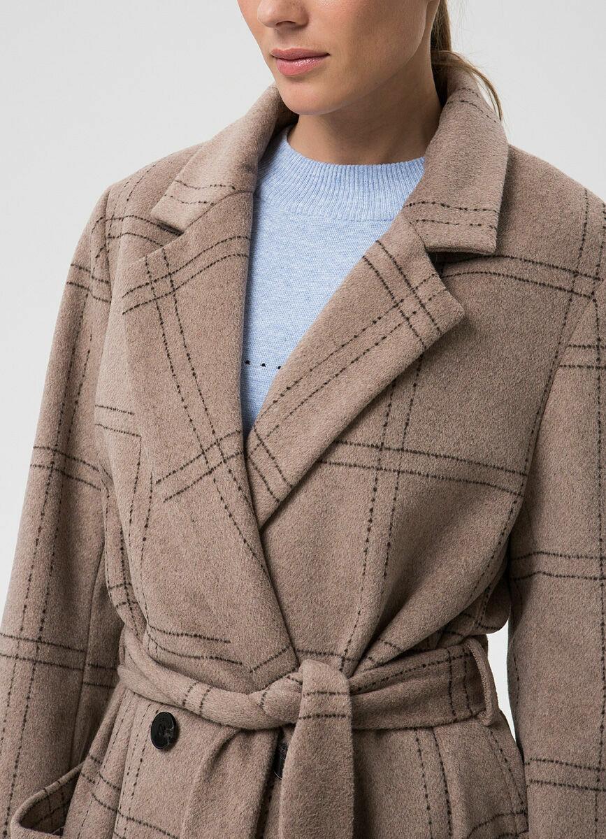 Длинное шерстяное пальто с поясом