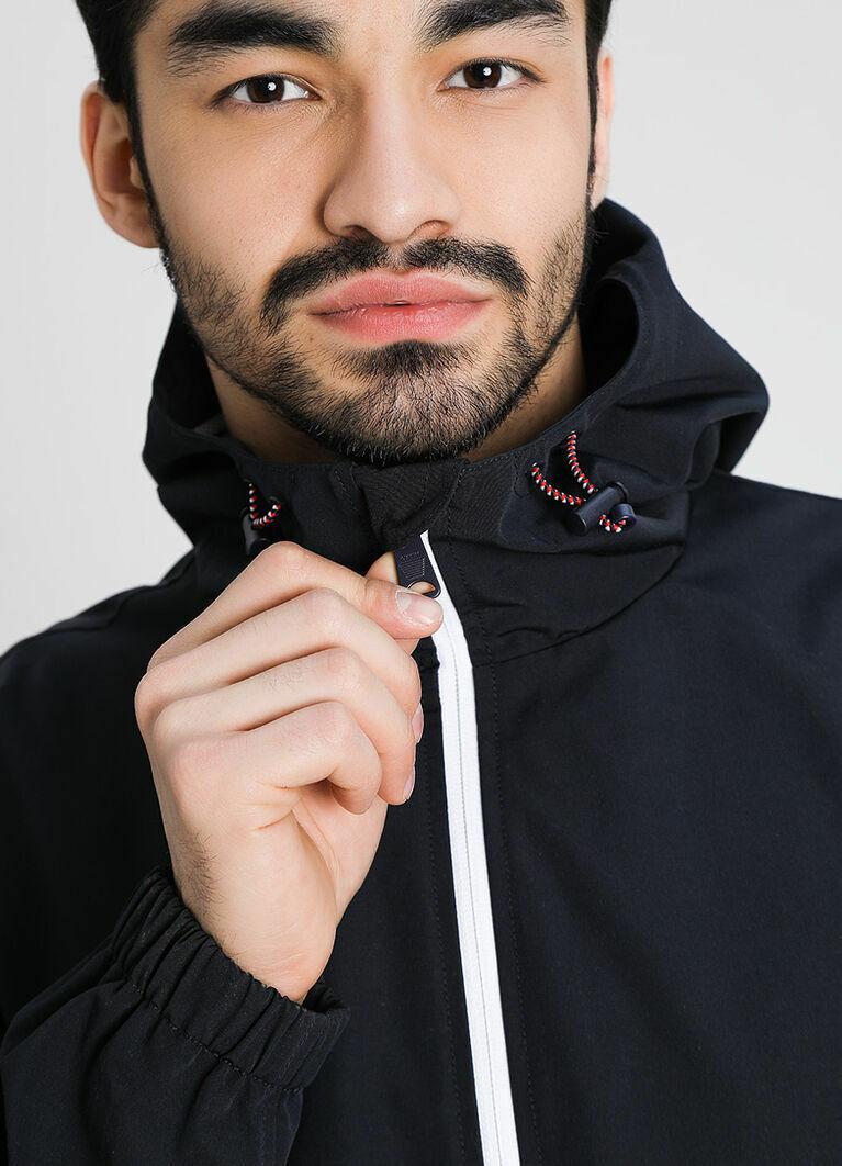Лёгкая куртка с цветоблоками
