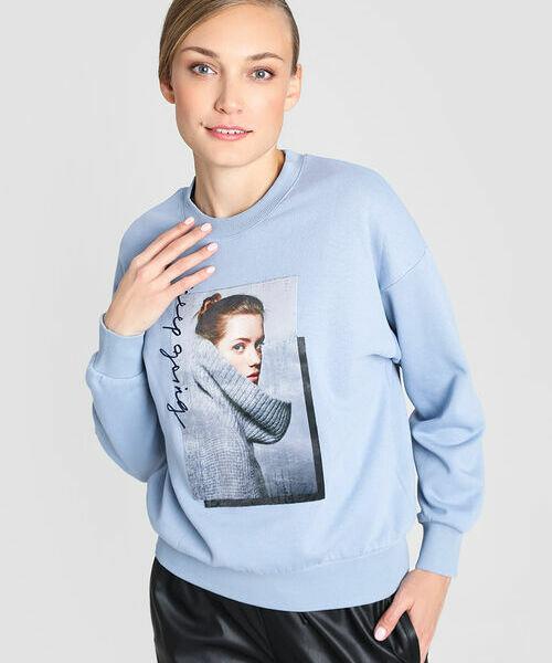 Фото - Толстовка с принтом толстовка с принтом девушка с клубничкой