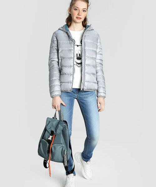 цена Ультралёгкая куртка с капюшоном онлайн в 2017 году