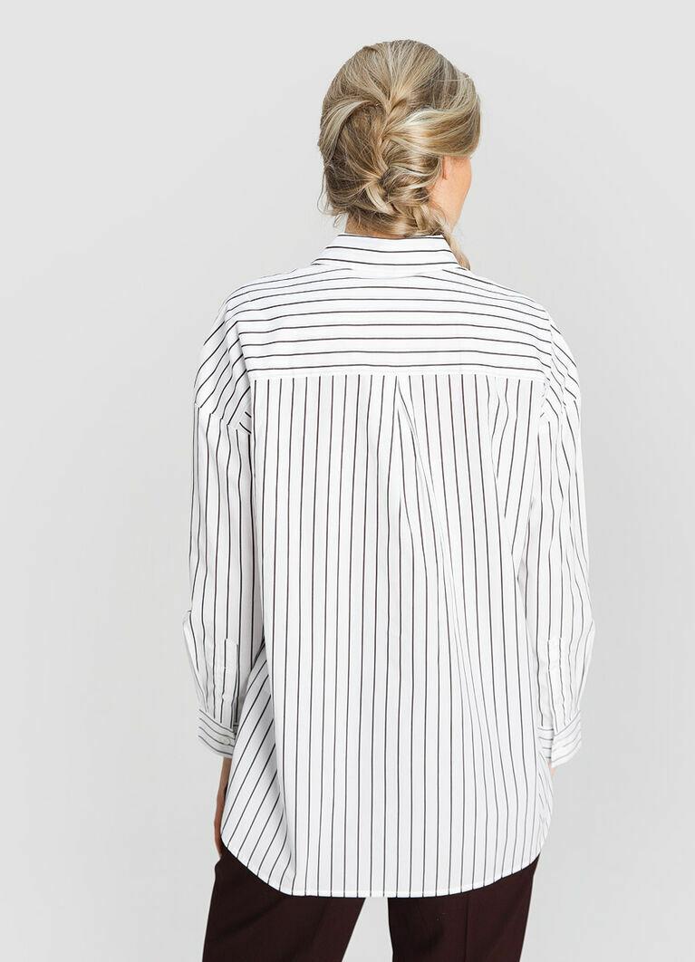 Структурная рубашка в полоску