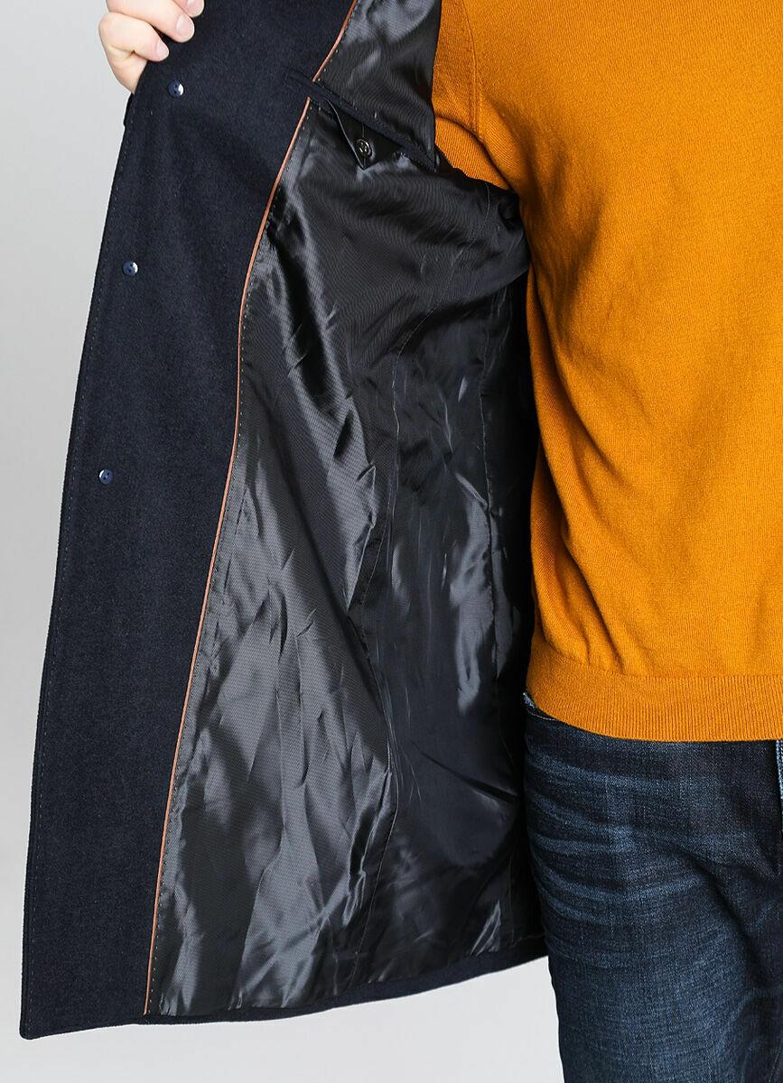 Однобортное пальто