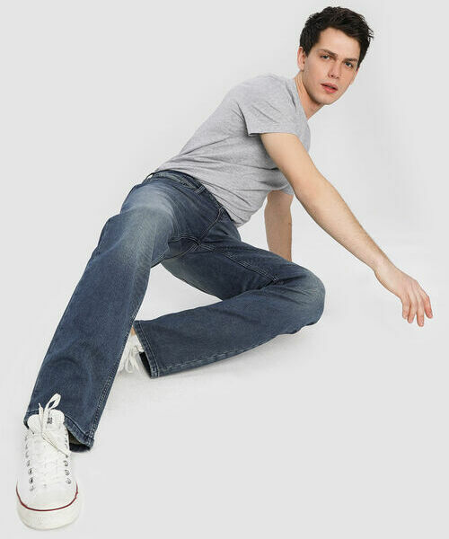Прямые комфортные джинсы комфортные джинсы со шнурком
