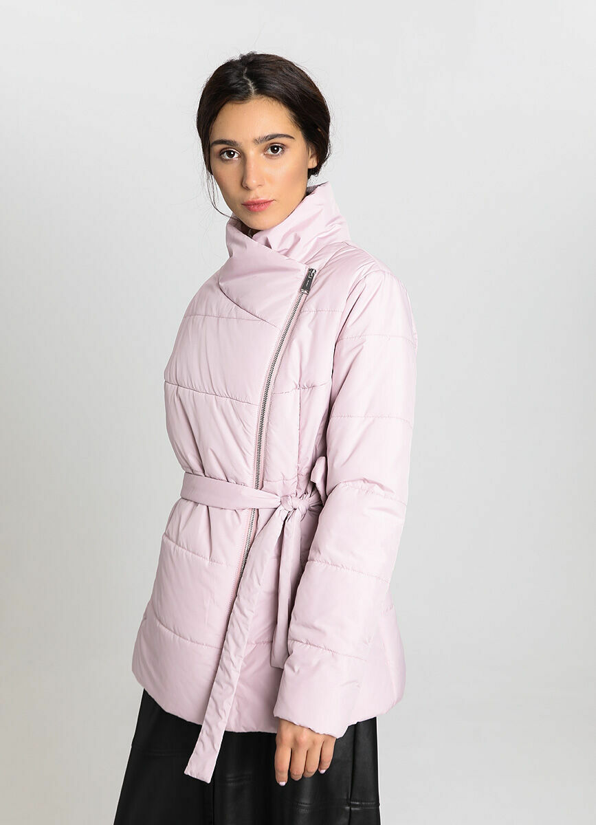 Утеплённая короткая куртка на запах