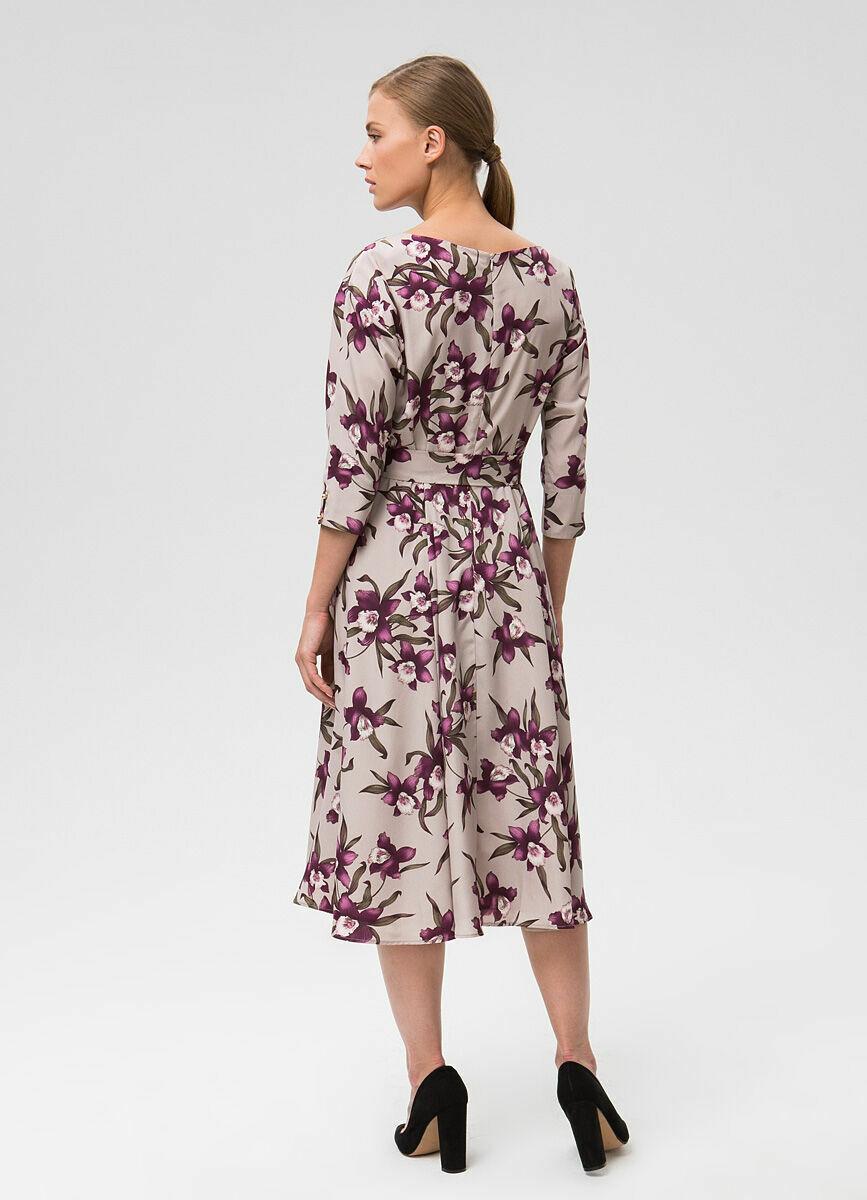 Платье А-силуэта из крепа