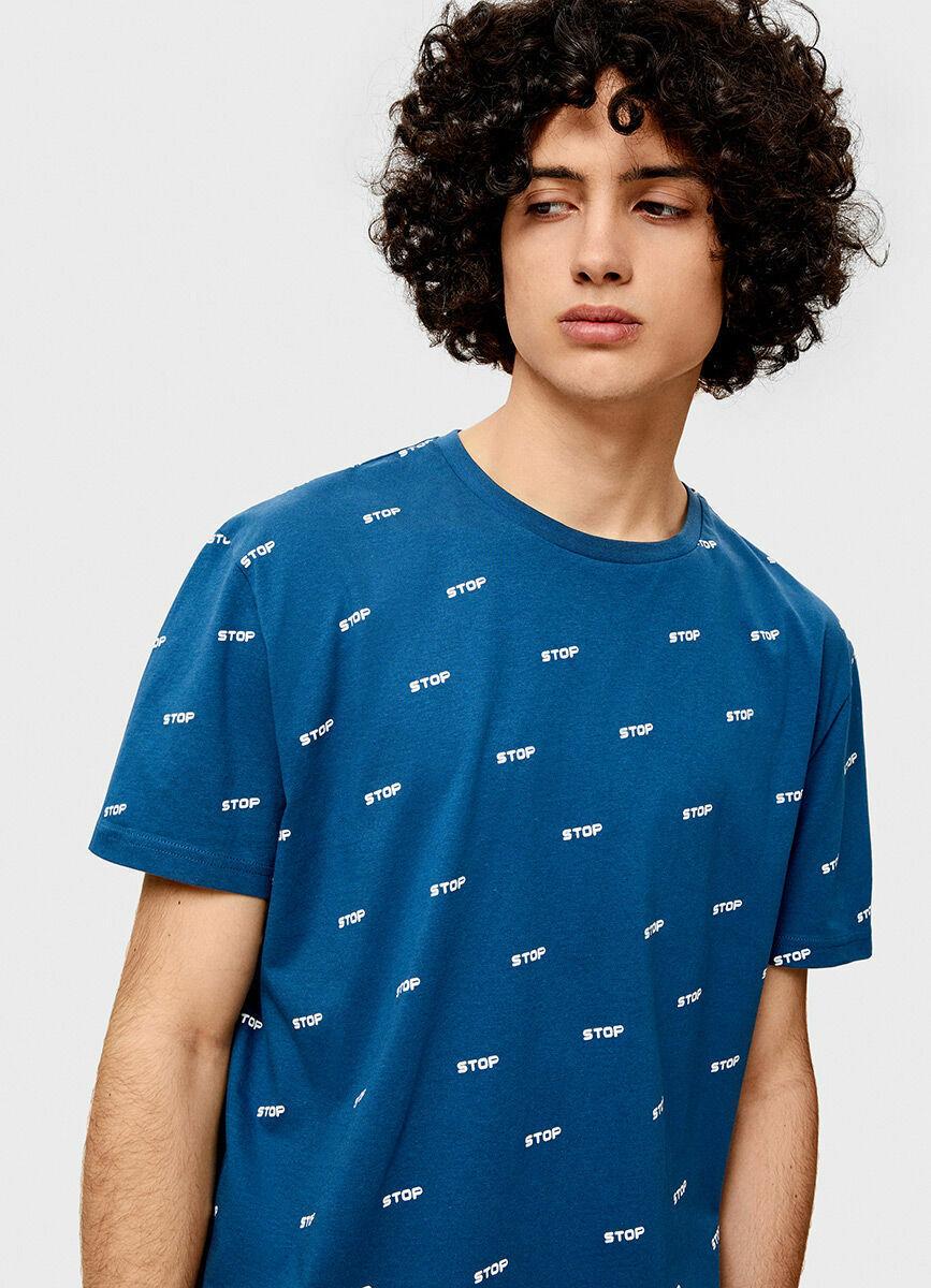 Запринтованная футболка