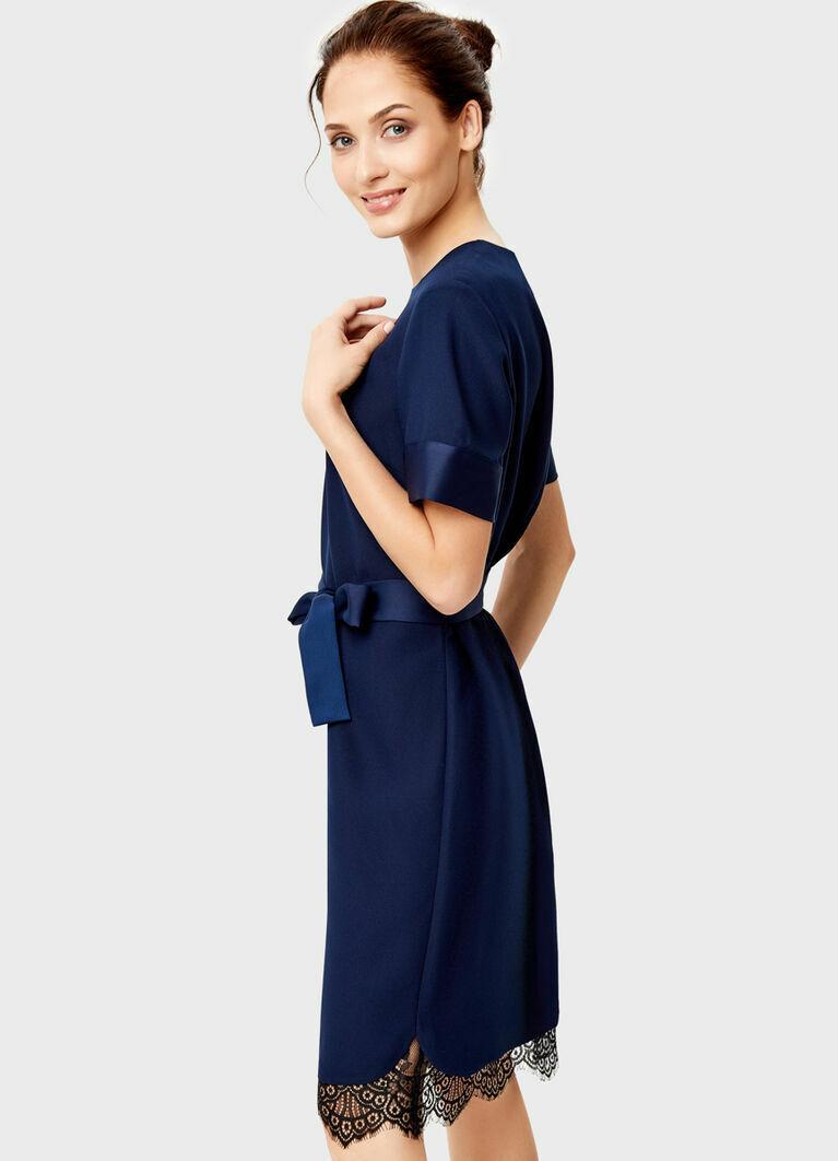 Платье из креп-сатина