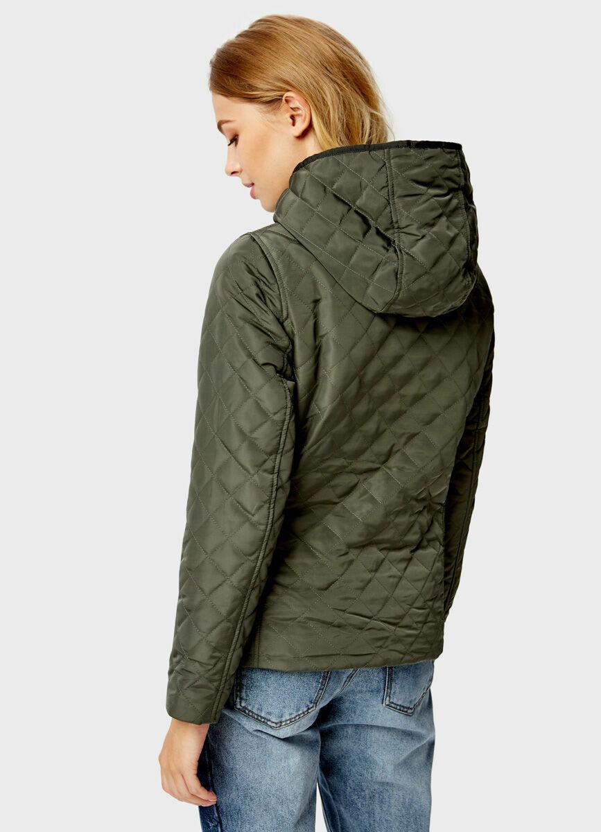 Стёганая куртка с капюшоном