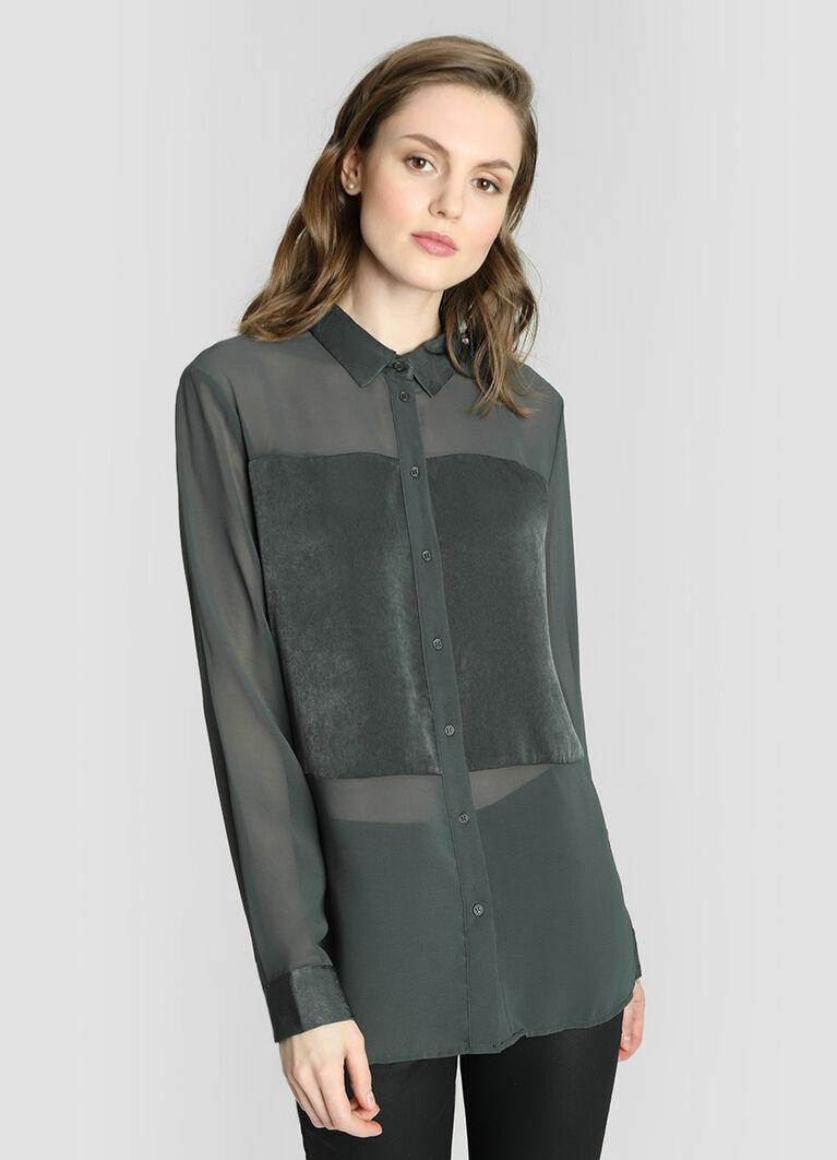 Блузка из шифона с атласной вставкой