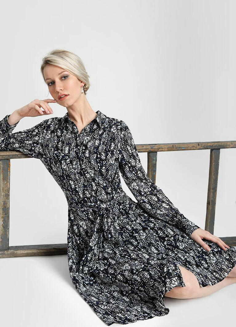 Принтованное платье А-силуэта из шифона