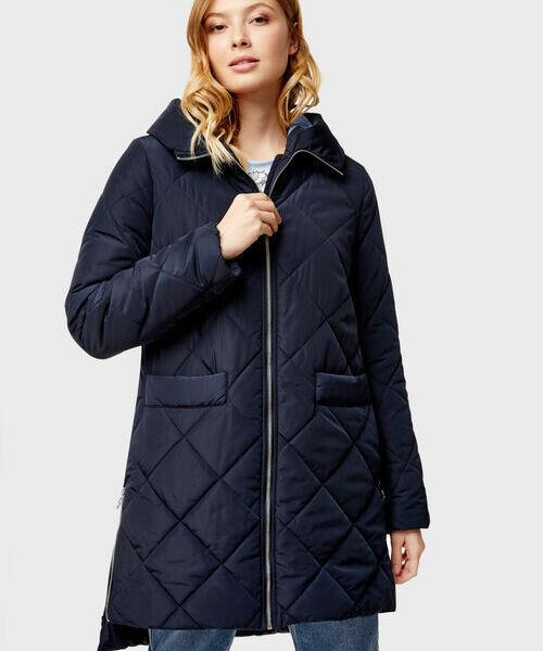 Пальто с капюшоном и ромбовидной стёжкой