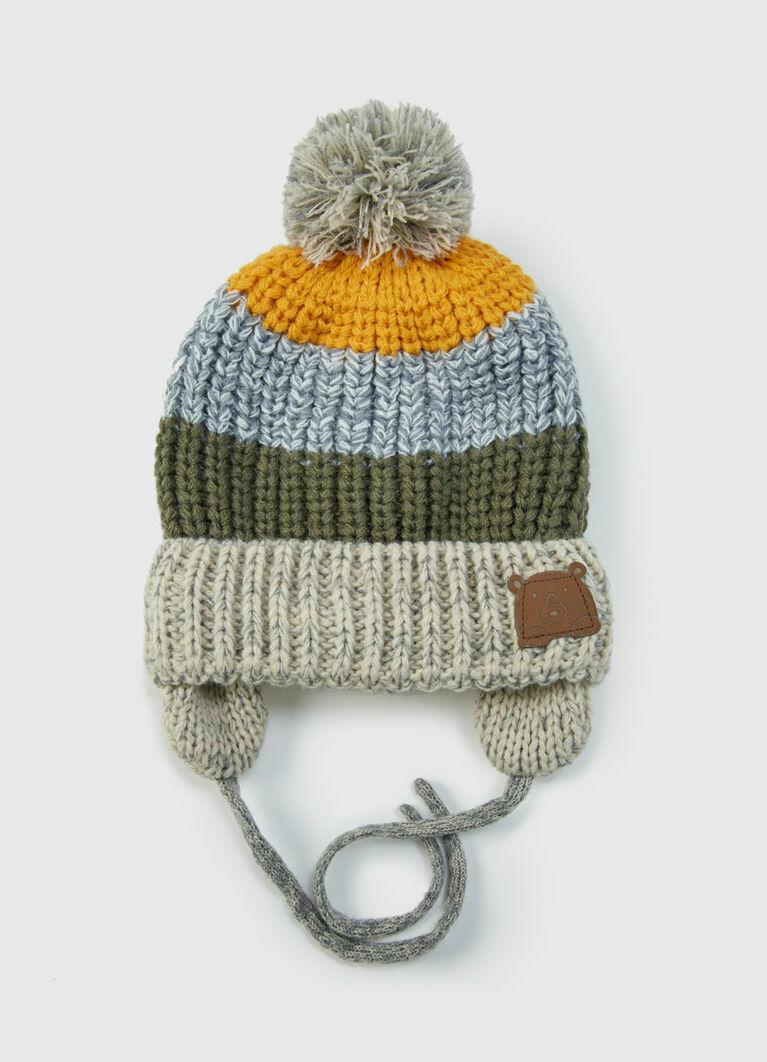 Вязаная шапка для мальчиков