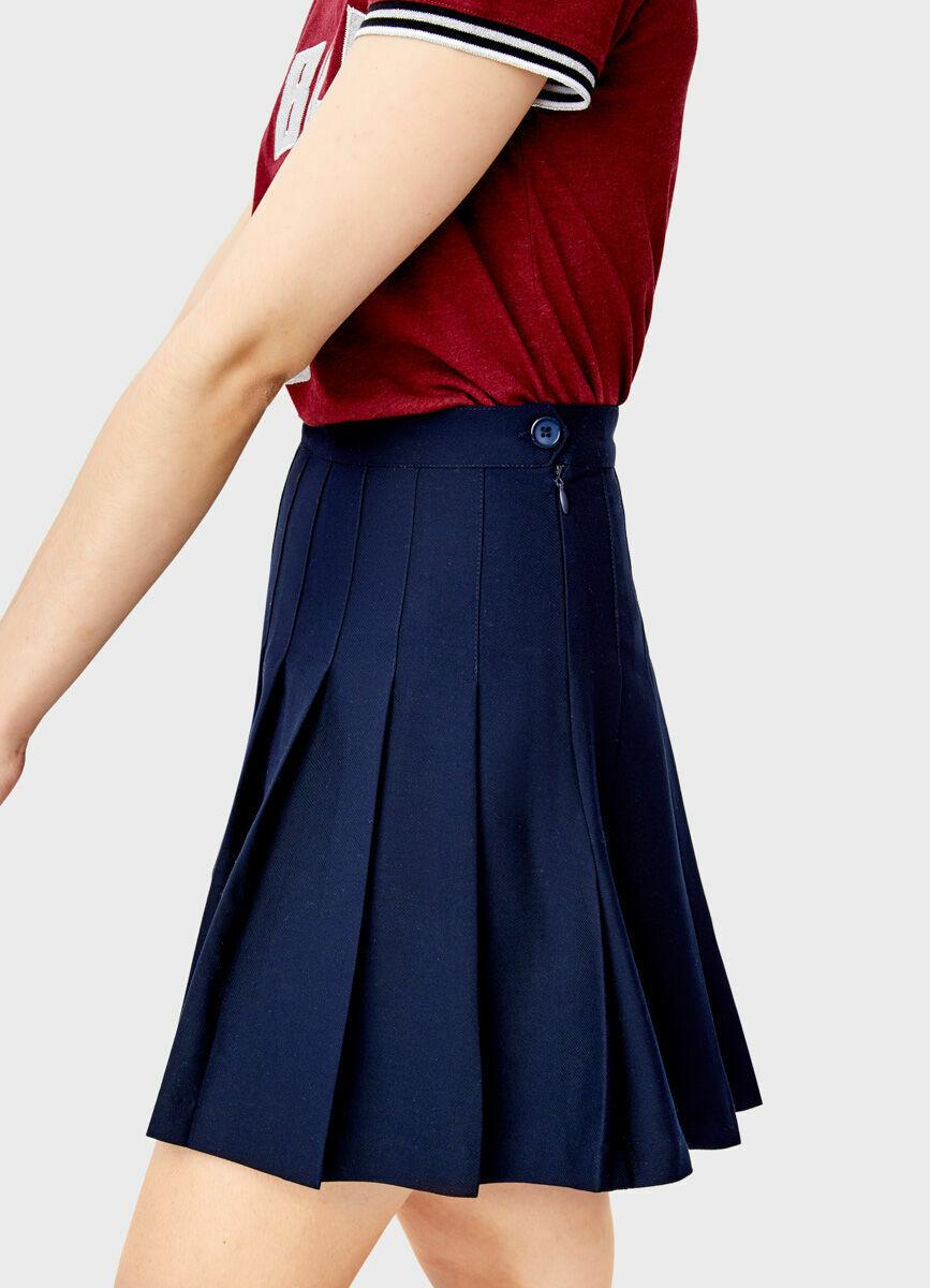 Короткая юбка в складку