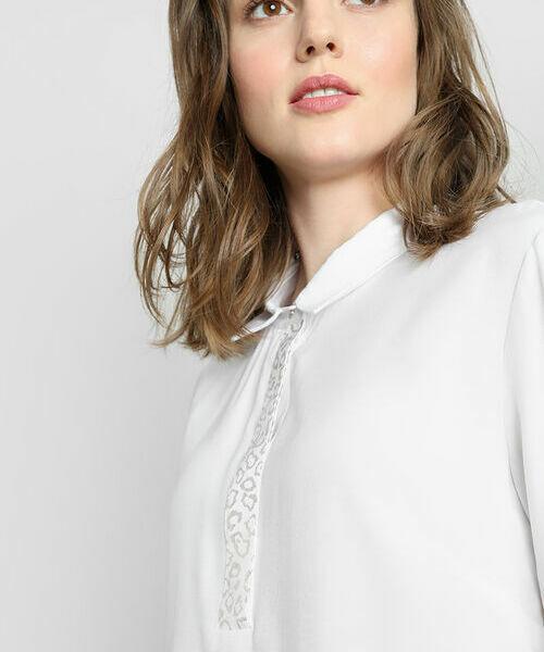Блузка с принтом на планке