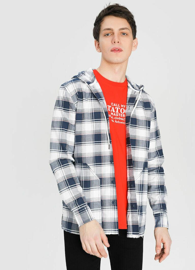 Рубашка в клетку с капюшоном