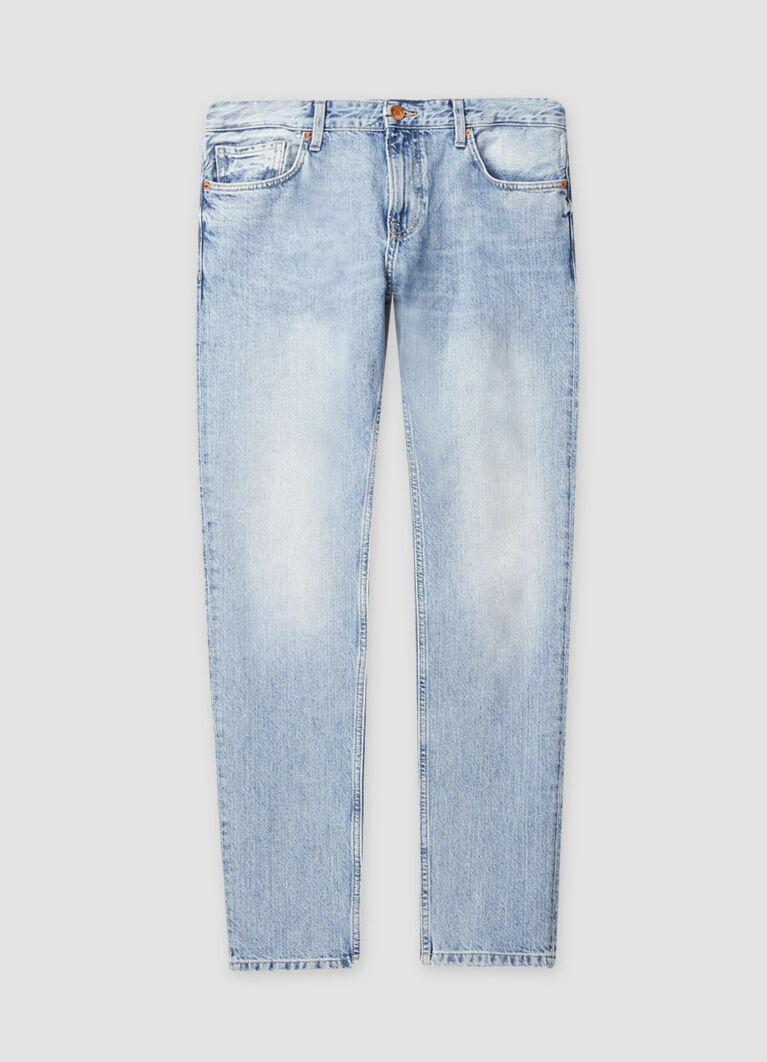 Зауженные джинсы с потёртостями