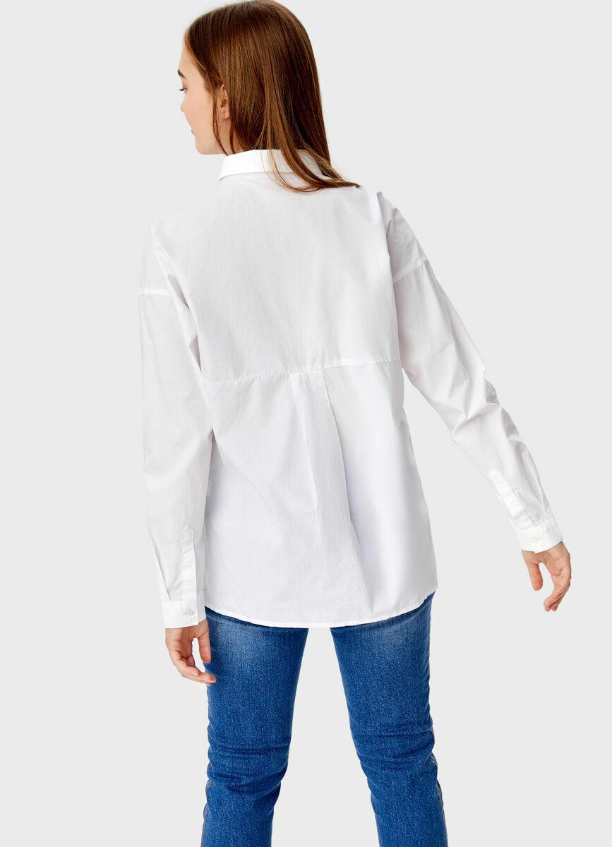 Свободная рубашка с вышивкой