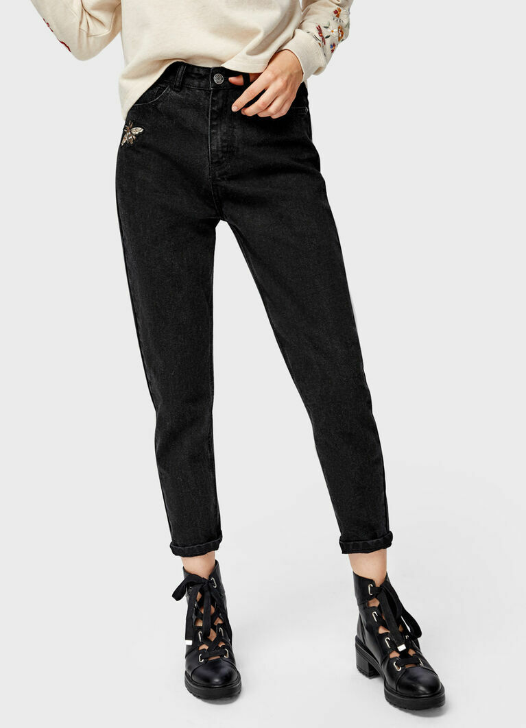 Чёрные джинсы Mom Fit