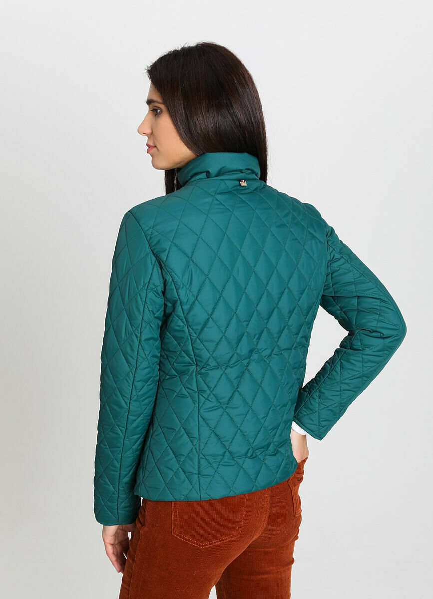 Приталенная куртка с воротником-стойкой