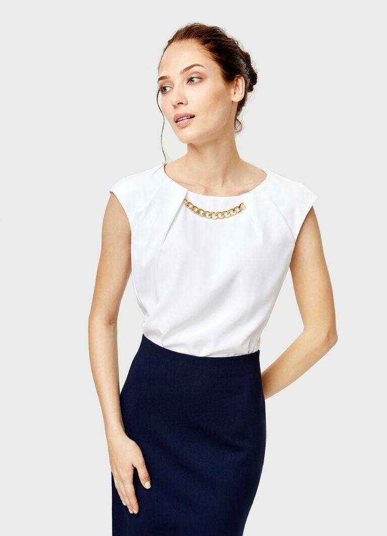 Блузка с декором