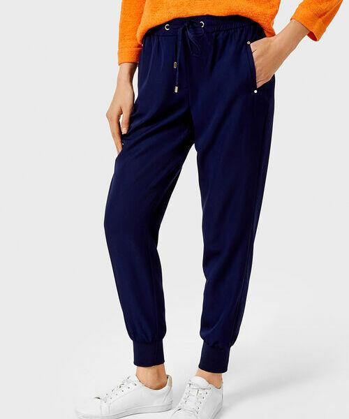 Фото - Свободные брюки из поливискозы фото
