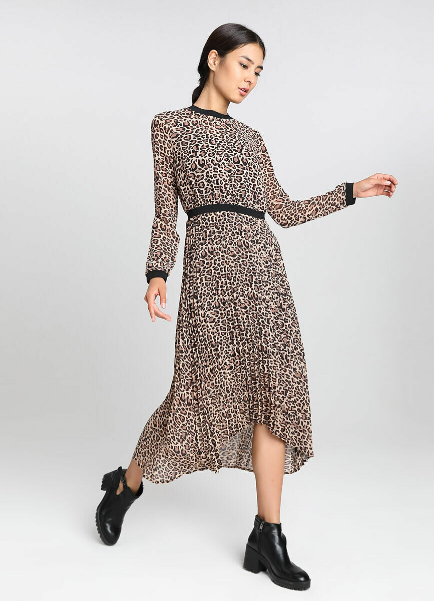Принтованное в леопард платье из шифона