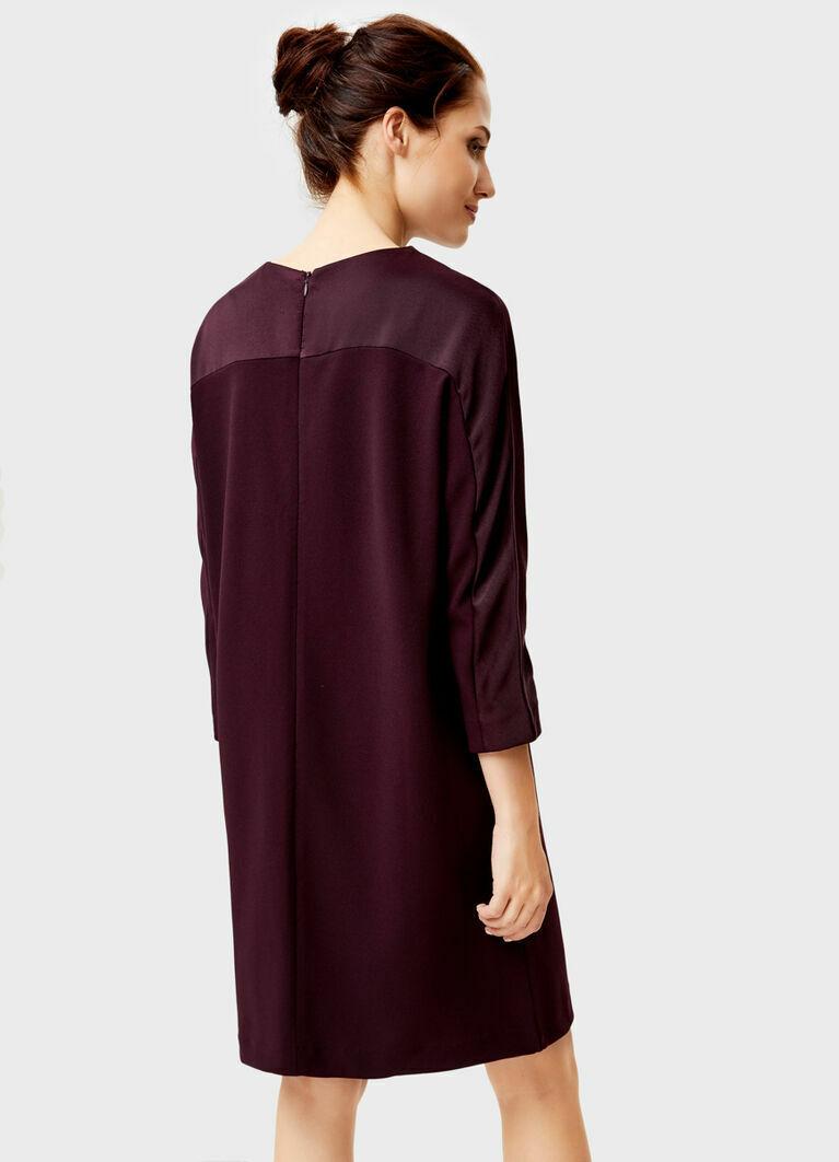 Платье из трикотажного крепа