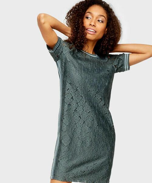 Платье-толстовка из кружева