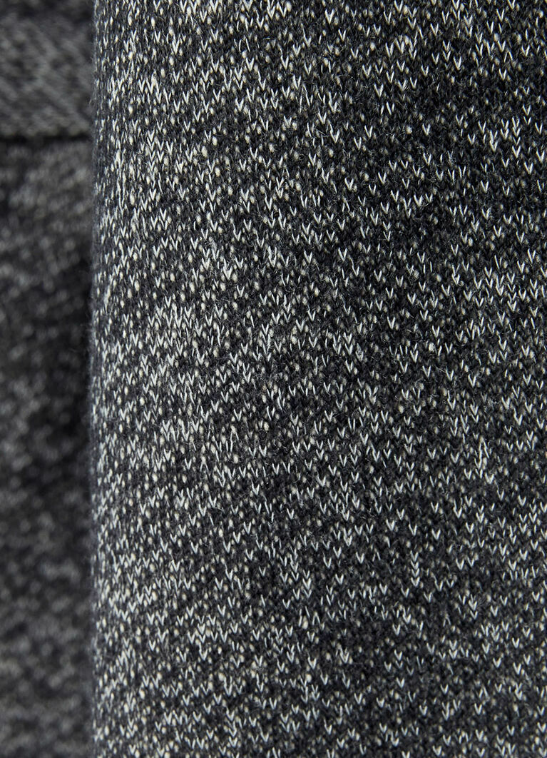 Пальто с поясом из кроёного трикотажа