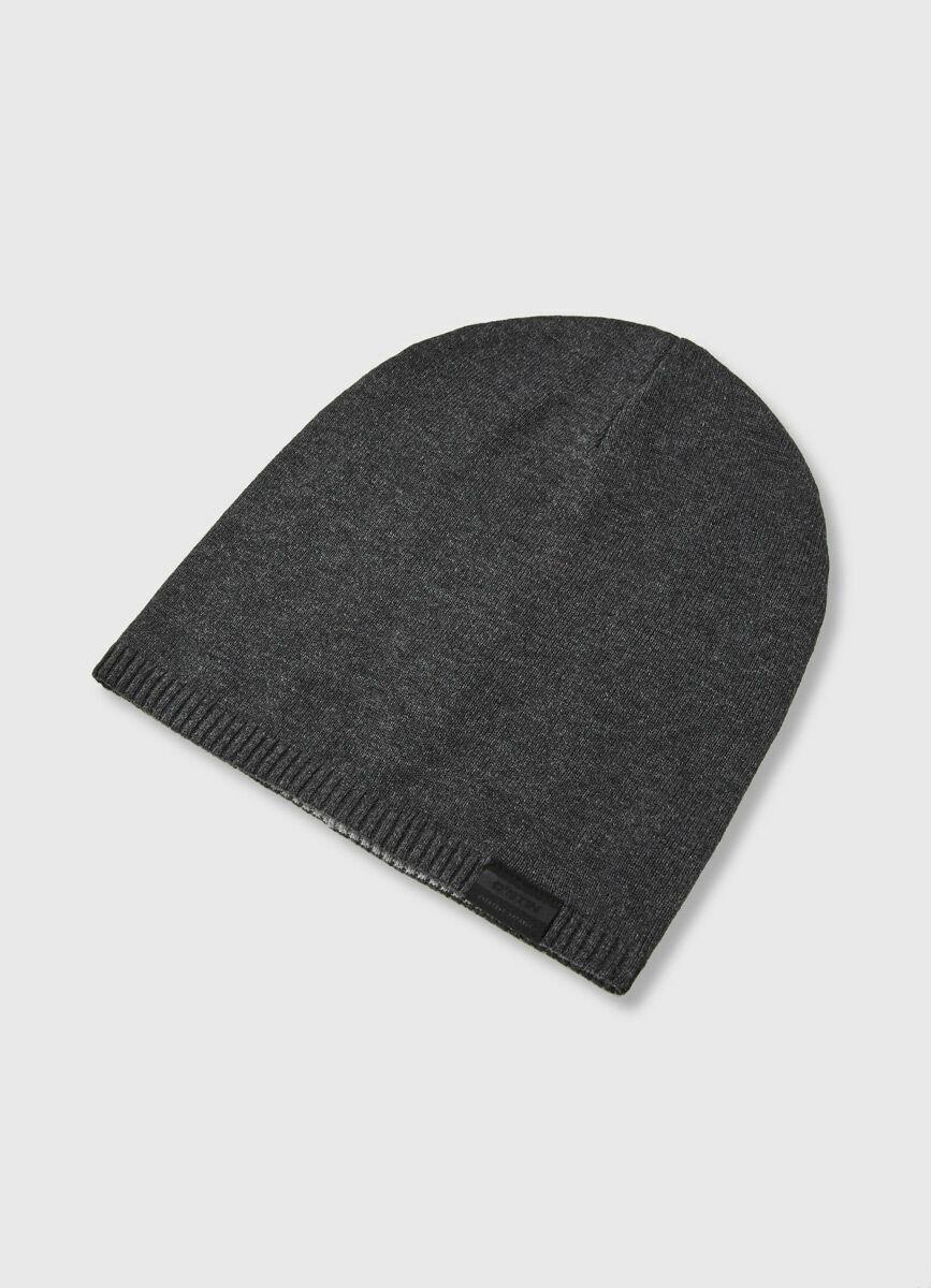 Двухсторонняя шапка