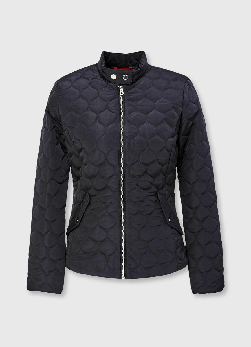 Приталенная стёганая куртка