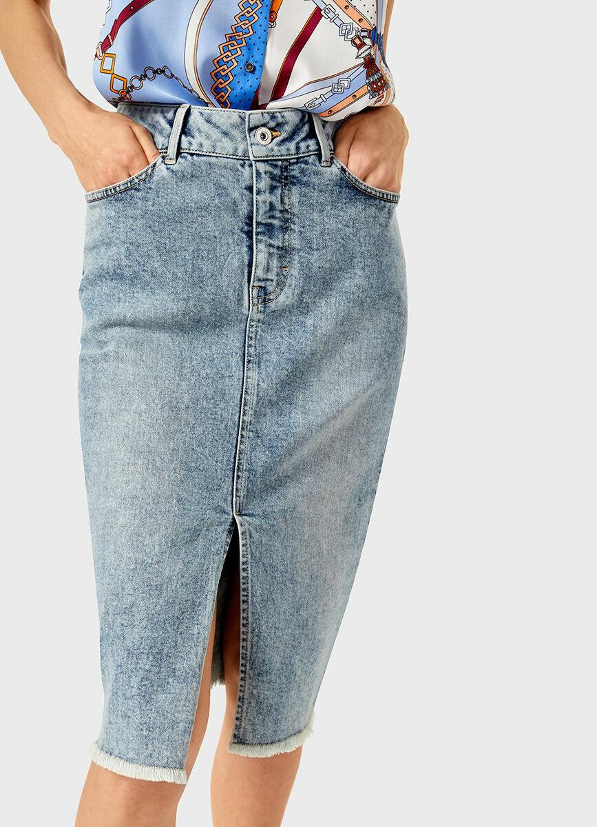 Прямая джинсовая юбка-карандаш