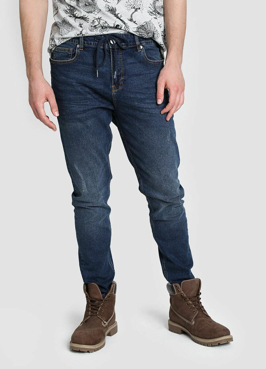 Комфортные джинсы со шнурком